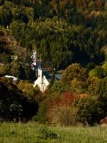 důl versus kostel
